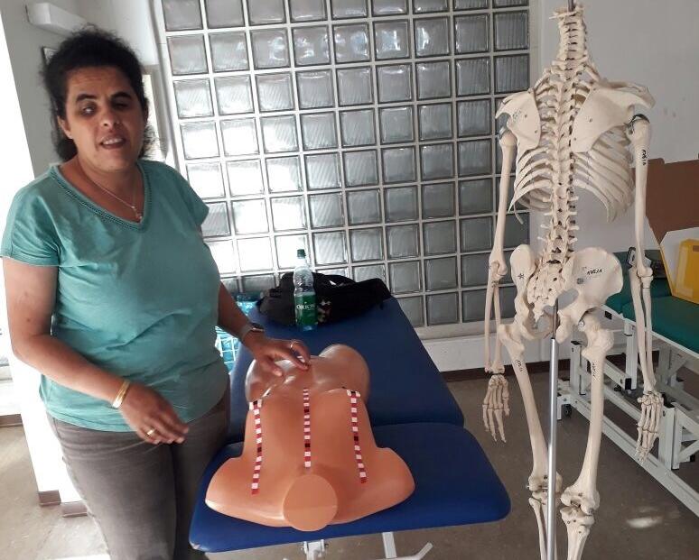 Die medizinische Tastuntersucherin, eine BeruflichePerspektive für blindeFrauen
